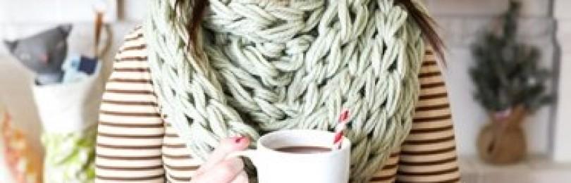 Вязаные шарфы на руках за 30 минут: пособие для начинающих