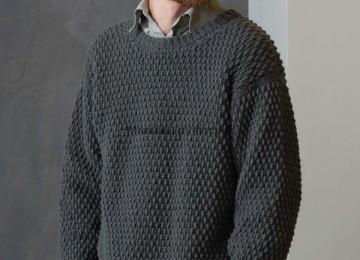 Вязание мужского пуловера крючком — описание и схема