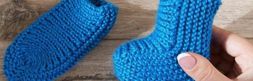 Ножки будут теплыми: 8 вариантов детских носочков на двух спицах
