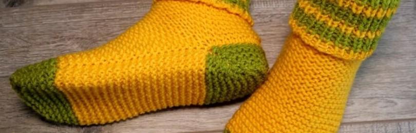 Теплые женские носочки на двух спицах: очень легкий  и быстрый способ