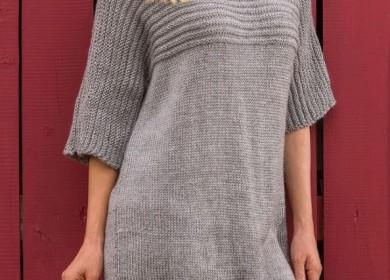 Свободный свитер спицами с цельнокроеным рукавом