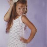 Маечка для девочки спицами с описанием и схемами