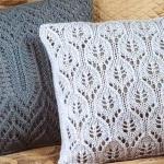 Декоративные вязаные подушки своими руками спицами