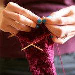 Как научиться вязать на спицах с нуля — советы для начинающих