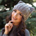 19 моделей зимних шапок с косами на спицах