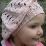 19 вариантов беретов для девочки вязаных спицами со схемами, описанием и видео мк