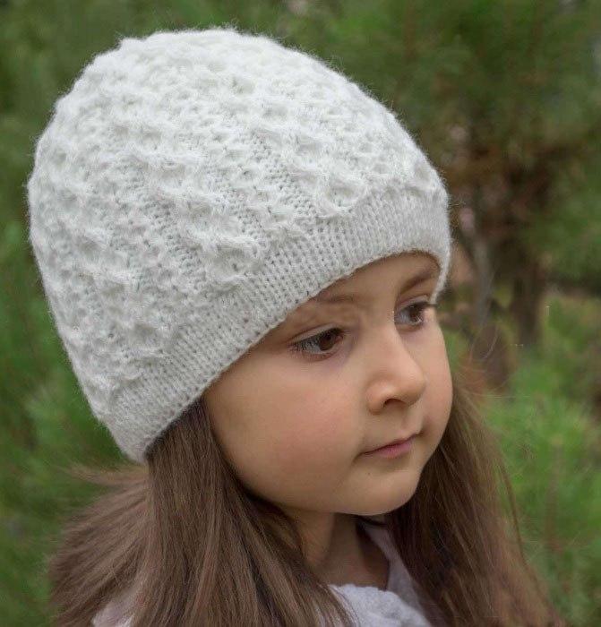 шапка для девочки на осень спицами 25 моделей со схемами описанием