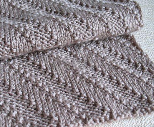 Красивый шарф спицами схема и описание