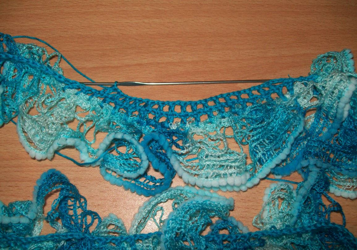 Вязание из двух цветов спицами для женщин