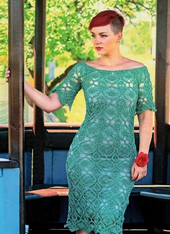2 модели платьев с открытыми плечами вязаные крючком