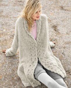 Вязанное светлое пальто 6