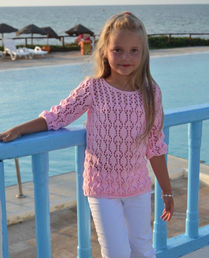 Ажурный свитер для девочки